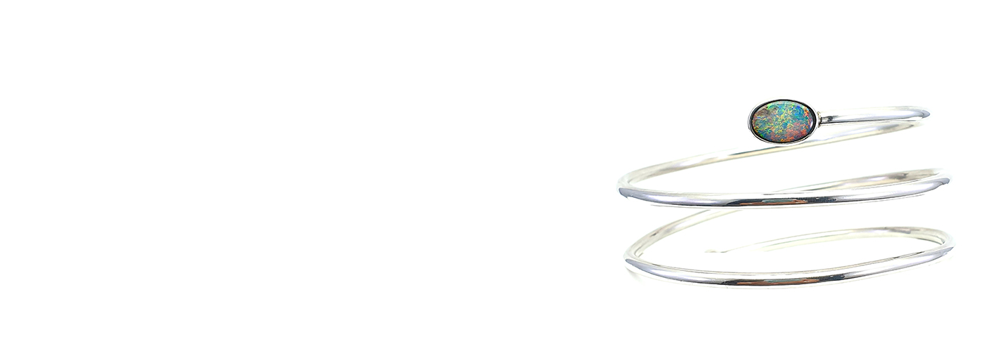 Welcome to Silver Gem Cairns